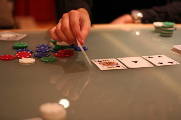 Poker : les règles du texas holdem